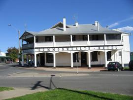 Commonwealth Hotel - Broome Tourism