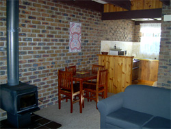 Warrawee Holiday Units - Broome Tourism