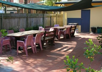 Manly Bunkhouse - Broome Tourism