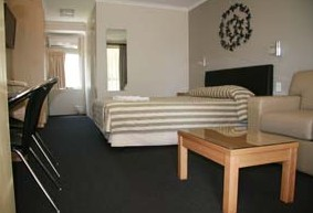 Queensgate Motel - Broome Tourism