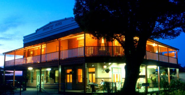 Abernethy Guesthouse - Broome Tourism