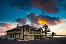 Arno Bay Hotel - Broome Tourism