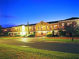 Mercure Port of Echuca - Broome Tourism