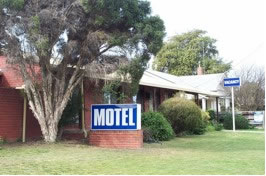 St Arnaud Country Road Inn - Broome Tourism