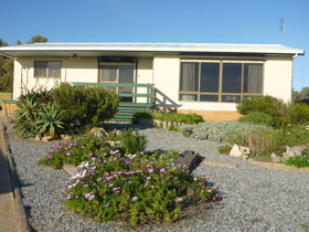 Oaklands Beach House - Broome Tourism