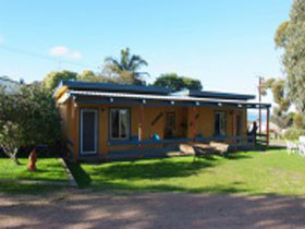 Casuarina Coastal Units - Broome Tourism