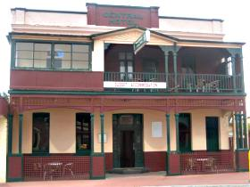 Central Hotel Zeehan - Broome Tourism