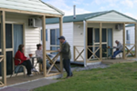 Discovery Holiday Parks Devonport Cosy Cabins - Broome Tourism