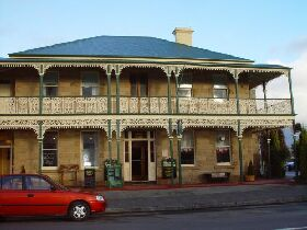 Richmond Arms Hotel - The - Broome Tourism