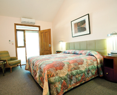 Gundaroo Colonial Inn - Broome Tourism
