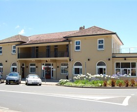 The Huskisson on Jervis Bay - Broome Tourism