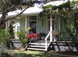 Huskisson Bed  Breakfast - Broome Tourism