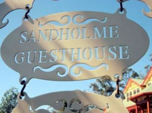Sandholme Guesthouse 5 Star - Broome Tourism