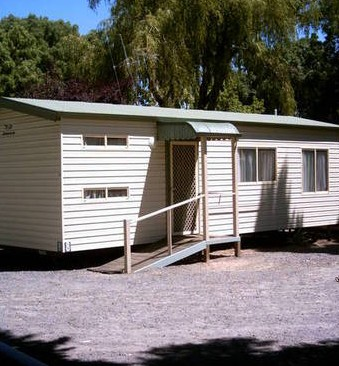 Castlemaine Central Cabin  Van Park - Broome Tourism
