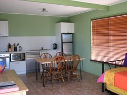Fossickers Cottages - Broome Tourism