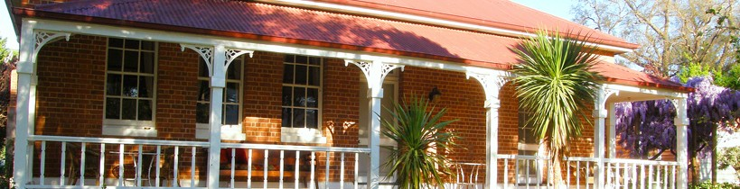 Araluen Old Courthouse Bed and Breakfast - Broome Tourism