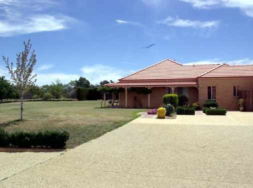 Fairways Bed and Breakfast at Jerilderie - Broome Tourism