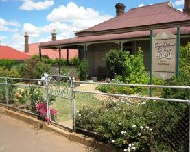 Courthouse Cottage B and B - Broome Tourism