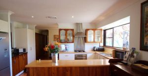 Cicada Country House - Broome Tourism