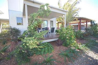 Woodgate Beach Houses - Broome Tourism