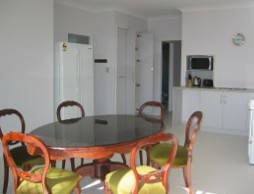 Olas Holiday House - Broome Tourism