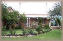 Guy House Bed and Breakfast - Broome Tourism