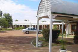 Landsborough Lodge Motel - Broome Tourism