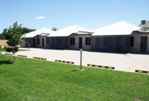 Emerald Park Motel - Broome Tourism