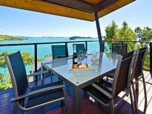 Hamilton Island 'Shorelines' Apartment - Broome Tourism