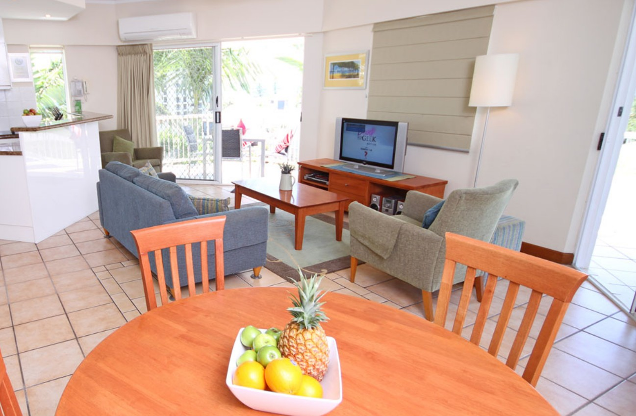 Coolum Seaside Apartments - Broome Tourism