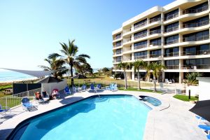 San Simeon Beachfront Apartments - Broome Tourism