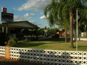 Cross Roads Motel - Broome Tourism