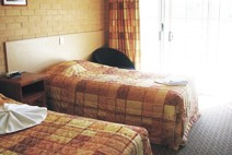 Tenterfield Bowling Club Motor Inn - Broome Tourism