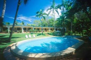 Villa Marine Seaside Holiday Apartments - Broome Tourism