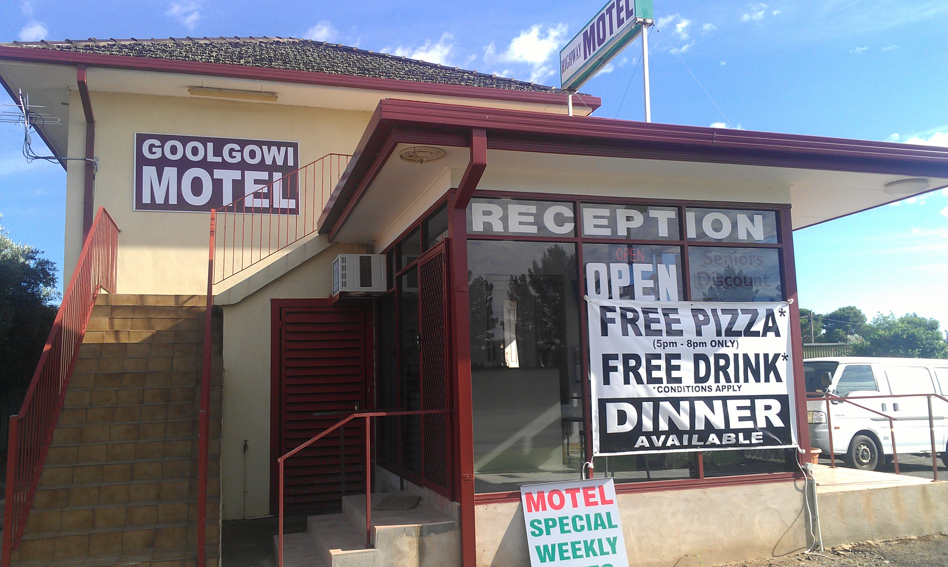 Royal Mail Hotel Goolgowi - Broome Tourism