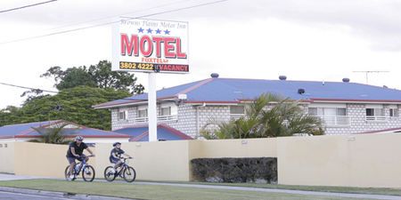 Browns Plains Motor Inn - Broome Tourism