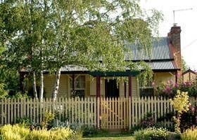 Rossmore Cottage - Broome Tourism