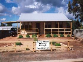 Cowell Barry Street Holiday Cottage - Broome Tourism