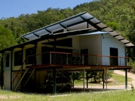 Creek Valley Rainforest Retreat - Broome Tourism