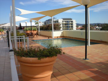 Waldorf The Entrance Serviced Apartments - Broome Tourism