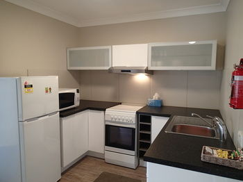 Dungowan Waterfront Apartments - Broome Tourism