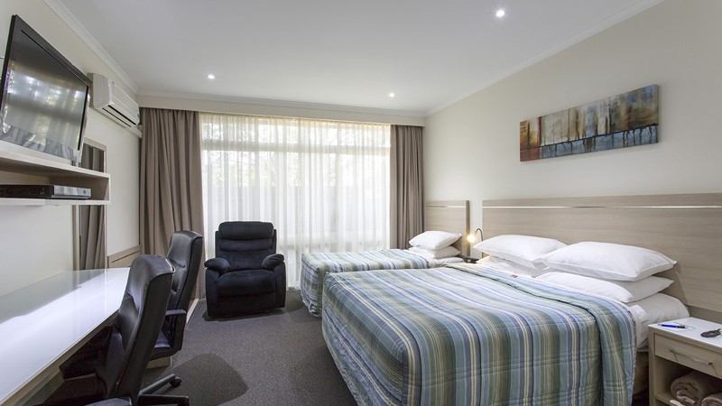 BEST WESTERN Aspen and Apartments - Broome Tourism