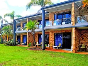 Bribie Waterways Motel - Broome Tourism