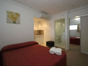 Southern Cross Motel and Serviced Apartments - Broome Tourism