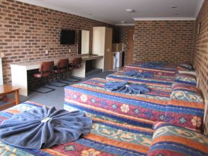 Big Trout Motor Inn - Broome Tourism
