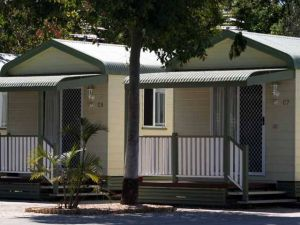 Emerald Cabin  Caravan Village - Broome Tourism
