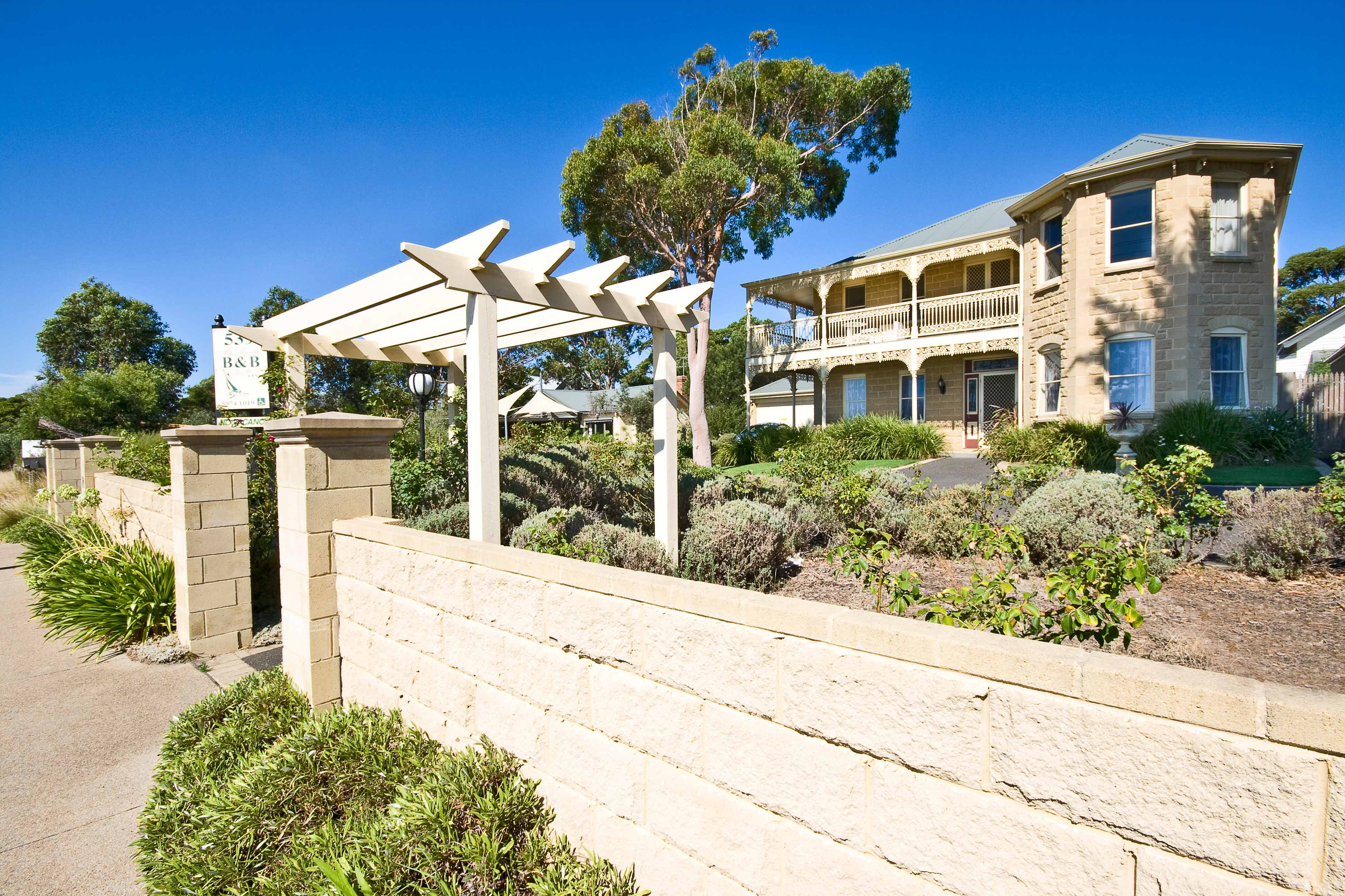 Mount Martha Bed  Breakfast by the Sea - Broome Tourism