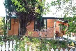 Times Past Bed  Breakfast - Broome Tourism