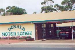 DONALD MOTOR LODGE - Broome Tourism