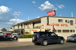 A  A Lodge Motel - Broome Tourism